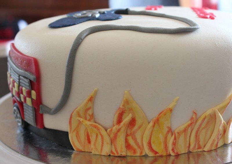 eld lågor brandslang