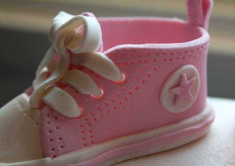 rosa baby converse skor