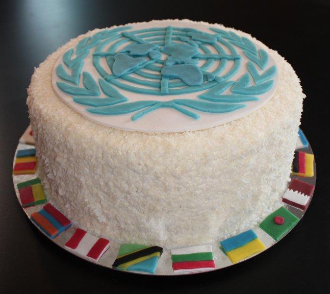 FN-tårta hela