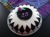 svartvit 23-årstårta