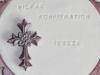 konfirmationstårta lila kors instansade bokstäver